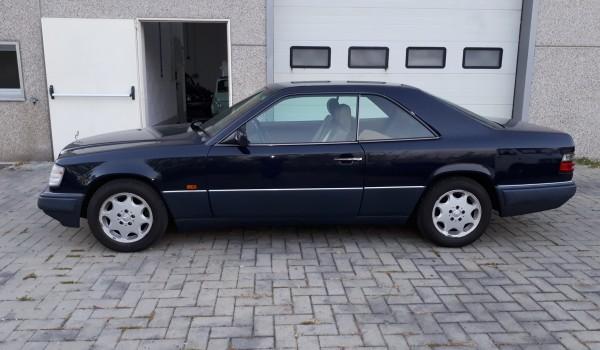 Mercedes Benz 200 CE del 1993