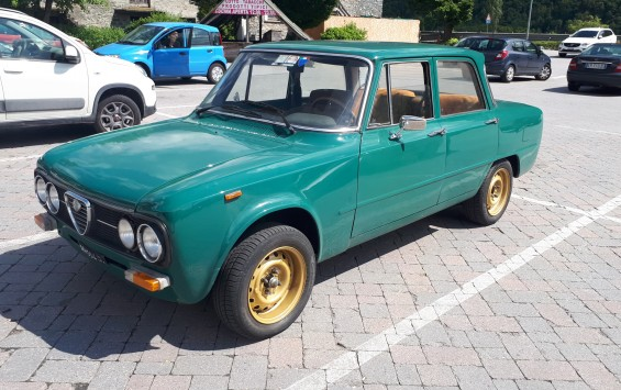 ALFA ROMEO GIULIA NUOVA SUPER 1300 – 1976 – ASI