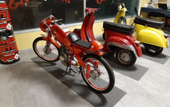 MOTOM 48 Super Sport