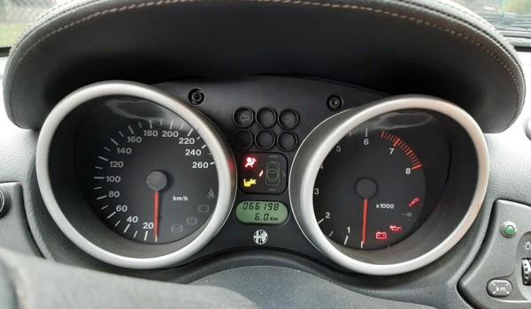 Alfa Romeo GTV con motore 2.0 V6 Turbo (Busso) del 1998