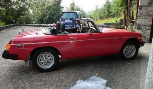 MG B Spider del 1979 – Guida a sinistra – Targhe e documenti italiani